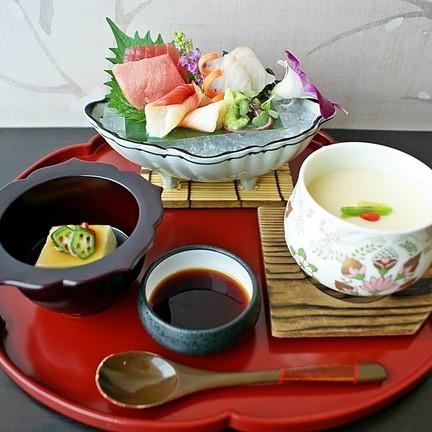 Sashimi ใน Shokado Bento Box
