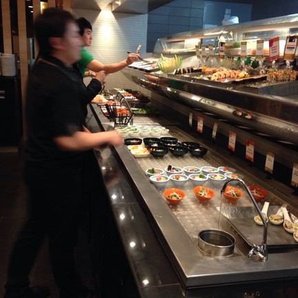 Oishi Japanese Buffet ไอที สแควร์ หลักสี่