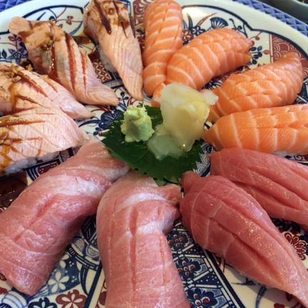 Otoro, Chutoro, Salmon nigiri