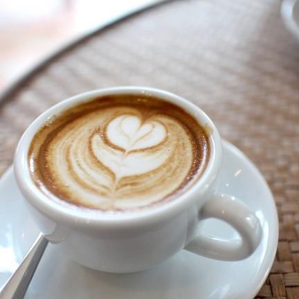 espresso macchiato แก้วนี้ก็รสชาติดีไม่น้อย 50 บาท