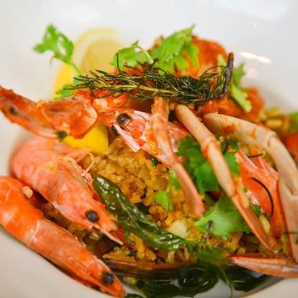 ข้าวผัดสเปนซีฟู๊ด Seafood Paella ปาเอย่า หรือข้าวอบสเปนครับ สั่งเชฟพิเศษจุใจมากๆ