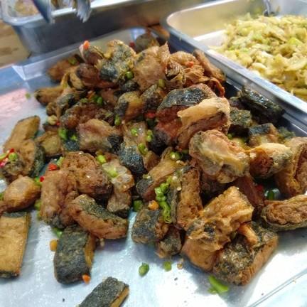 ปลาเค็มทอด น่ากิน ^^