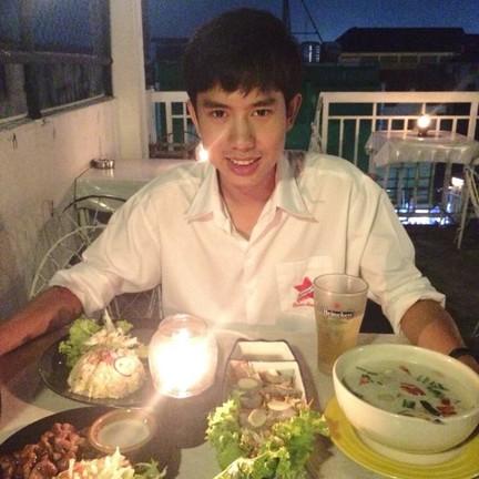 บรรยากาศดี อาหารอร่อย กุ้งแช่น้ำปลา ฟิน~ #wongnai #hungryfatguy #แบ่งปันรีวิว