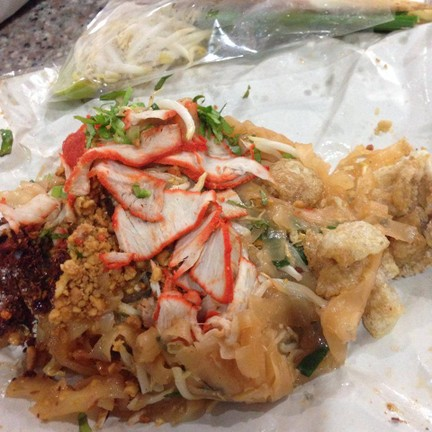 ผัดไทยสุโขทัย ปากซอยเนินพลับหวาน