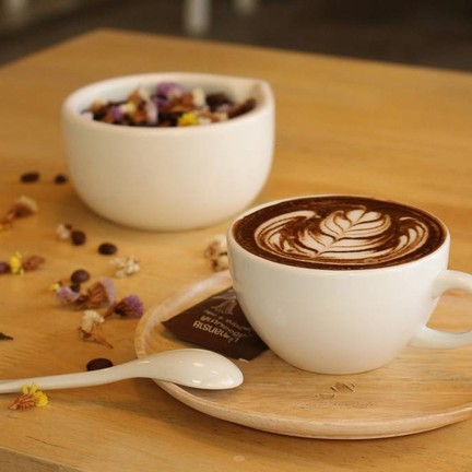 Hot Chocolate Matcha หนึ่งในเมนูแนะนำของร้าน