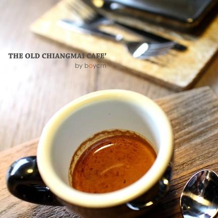 espresso รสชาติดีมาก ราคามาตรฐาน 50 บาท