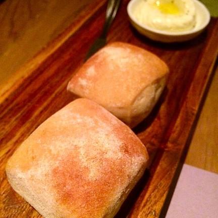 ขนมปังอร่อย เติมได้ไม่อั้น!!!