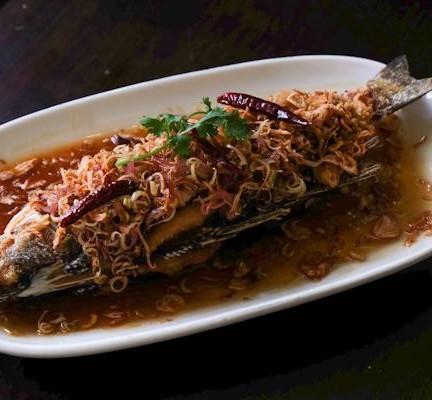 ปราย ระย้า Phuket Cuisine