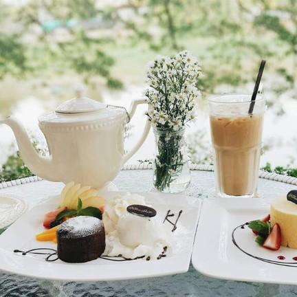 ขนม ชา กาแฟ
