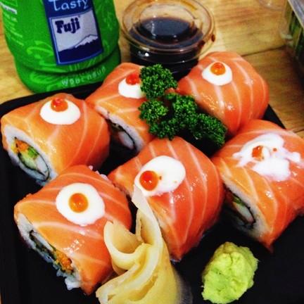 Alaska Salmon Roll