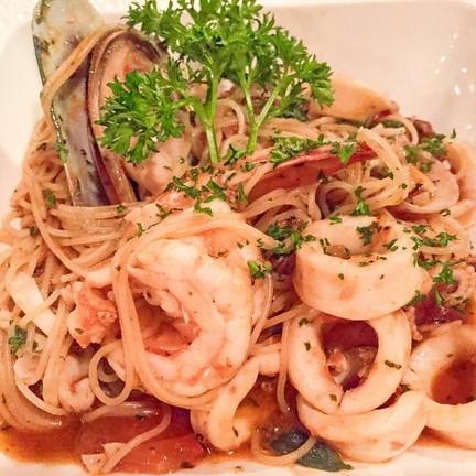 Seafood Pasta [380+]