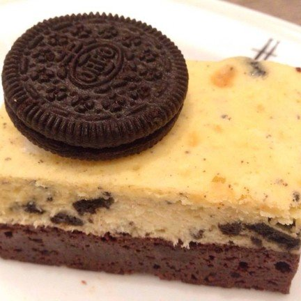 Oreo Cheesecake Browie