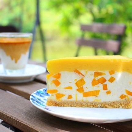 Mango Cheese Pie (75 บาท)
