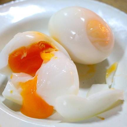 ไข่ต้ม (ฟองละ 8 บาท) - สั่ง 2 ฟอง