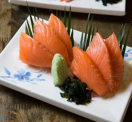 ปลาแซลมอนสด