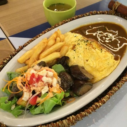 Omelette Rice (Beef) มาเต็มๆกับจานทรงเป