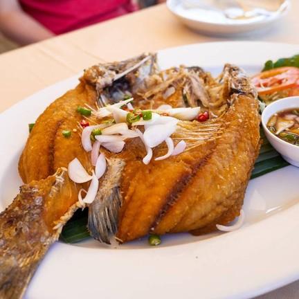 ปลากระพงทอดน้ำปลา - แพงโคตร