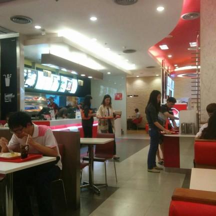 KFC เซ็นทรัลพระราม 9 ชั้น 6