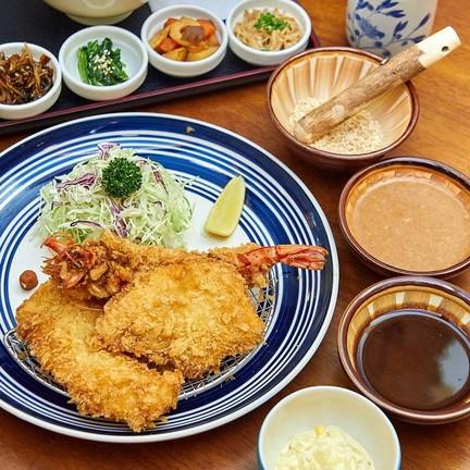 Mixed Katsu Set B 263 บาท