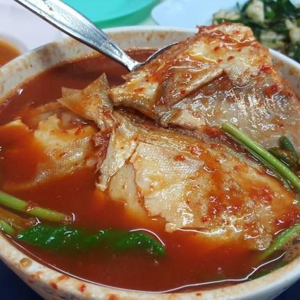 แกงส้มปลาแป้น (80 บาท)