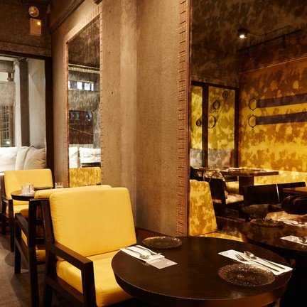 Supanniga Eating Room Thonglor (ห้องทานข้าวสุพรรณิการ์ ทองหล่อ ) ทองหล่อ