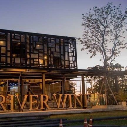 RIVER WINE Restaurant and wine bar สาขาปากเกร็ด