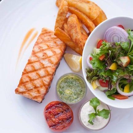กับเมนูปลา อาหารเพื่อสุขภาพ