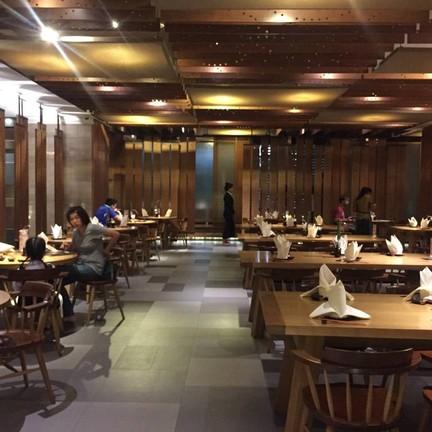 ห้องอาหารทาคูมิ