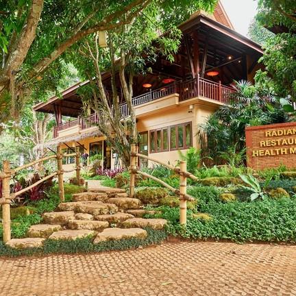 Radiance Restaurant The Pavana Resort