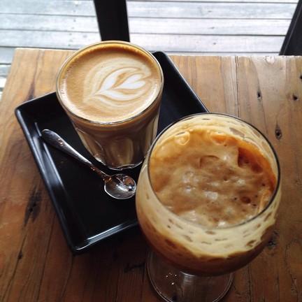 Akha Ama Coffee ถนนราชดำเนิน