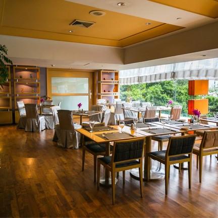 Mistral Restaurant Pullman Bangkok Hotel G