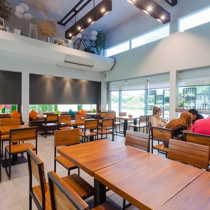 N1 Cafe & Green