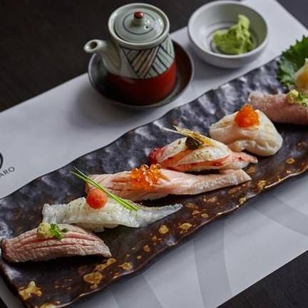 """Aburi Sushi Set"""