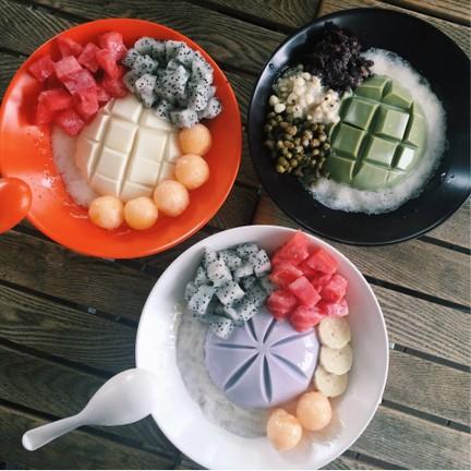 เต้าหู้เย็นถังยี่ 豆腐冰(甜點) ม.ธนินทร