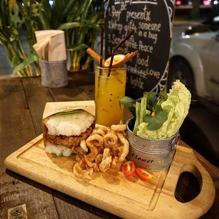 Mixology Chiangmai Bar & Burger