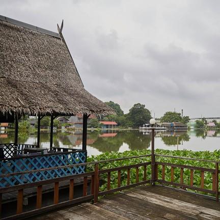 แพโพธิ์แก้ว PAEPOHKAEW The Floating Restaurant