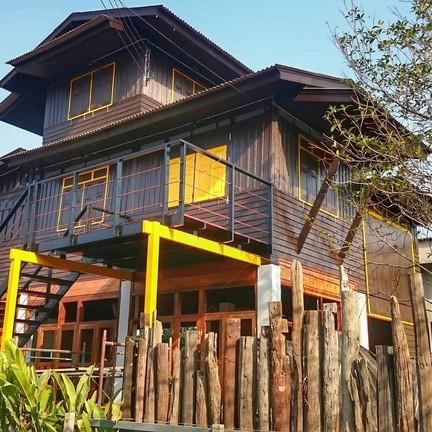 บ้านปลาชุม : Baanplachum Cafe