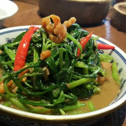 Stir-fried Morning glory with shrimp paste