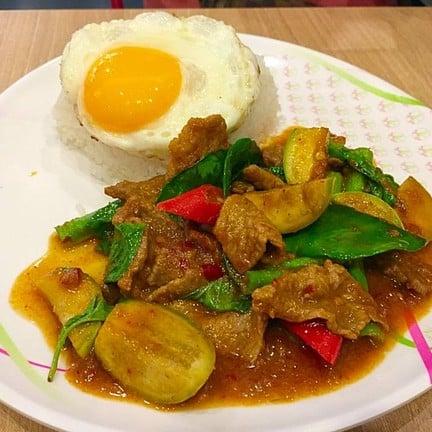 Kiss Food & Drink Pattaya นาเกลือ