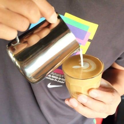 Na-Kha-Nik Cafe'