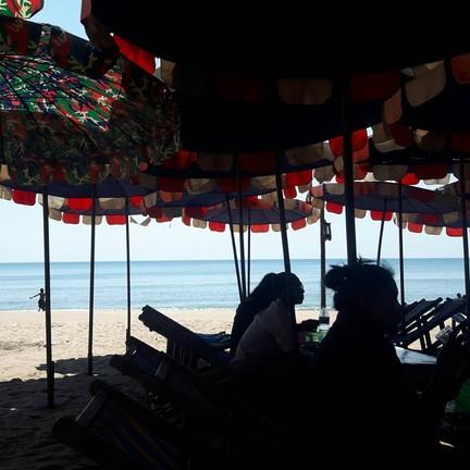 เจ๊พรปักษ์ใต้ ซีฟู้ด หาดแม่รำพึง ระยอง