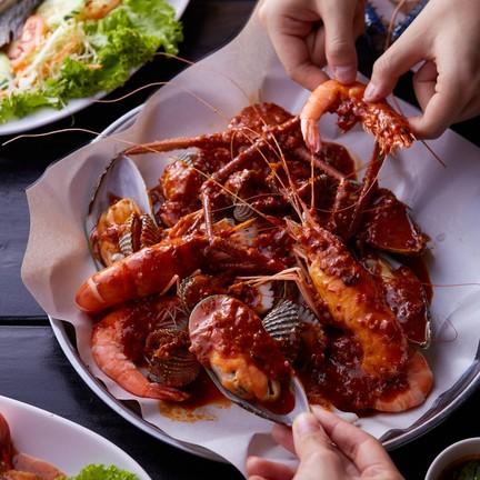 คุณทอง บาย นาคร Seafood Good Meat  รัชดา