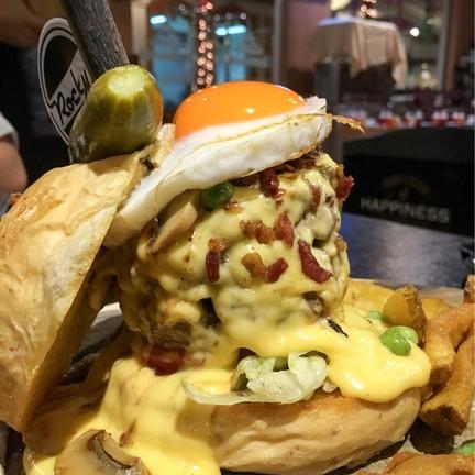 Rock Me Burgers & Bar