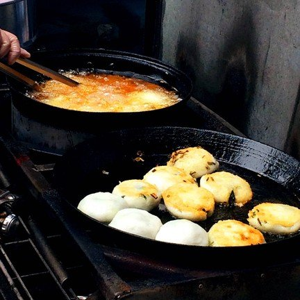 กุยช่าย ขนมจีบ ทางเข้าตลาดเช้าเทศบาล1 ยโสธร