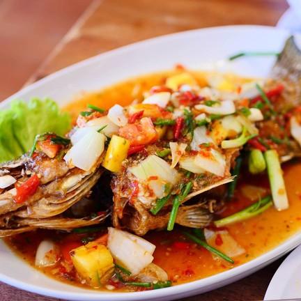 ปลากระพงสามรสรสชาติหวานเปรี้ยวเค็มอร่อย