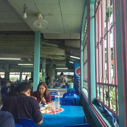 ร้านอาหาร นภา ท่าแฉลบ