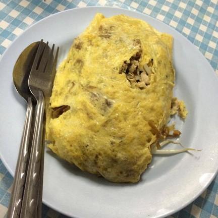 ผัดไทห่อไข่คุณยายเตือนใจ(ผัดไทป้ามั่ว)