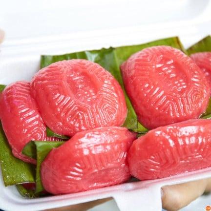Traditional Ang ku kueh Ji Xiang Confectionary