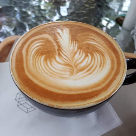 latté ฿120
