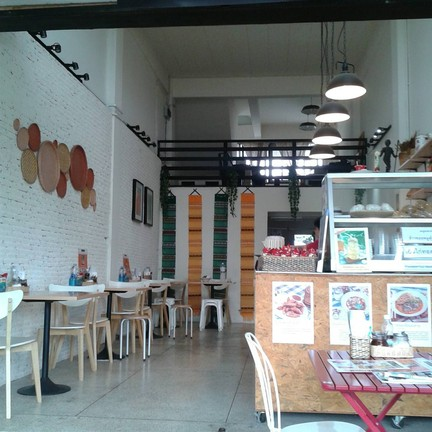 Lanna Eatery ข้าวซอยน้ำเงี้ยวเจียงฮาย